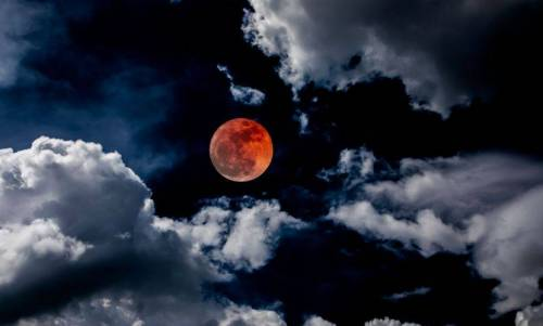 b2ap3_thumbnail_blood-moon-lunar-eclipse.jpg