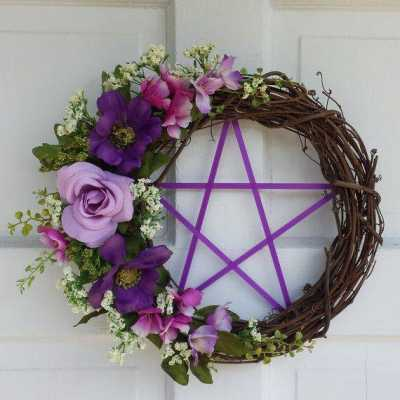 Witch Craft: DIY Wreath for the New Year