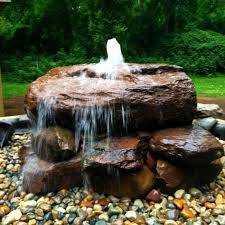 Money Flow: Feng Shui Fountain