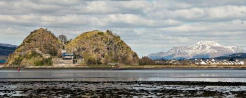 b2ap3_thumbnail_dumbarton-castle-with-ben-lomond.jpg