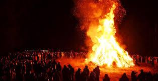 Maypole or Bonfire?