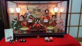Hinamatsuri 雛祭り: Doll's Festival on Girls Day