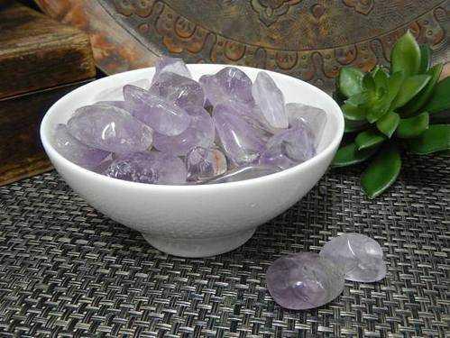 Hope Stones: Crystal to Keep Worries at Bay