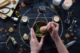 Vision Quest: New Moon Conjuring Incense