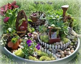 The Practical Witch's Herbal Healing Almanac
