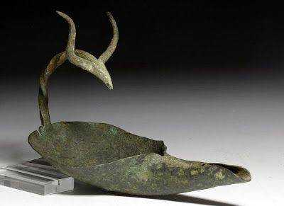 Intimations of a Horned God: A Bronze la Tène Lamp, Circa 100 BCE