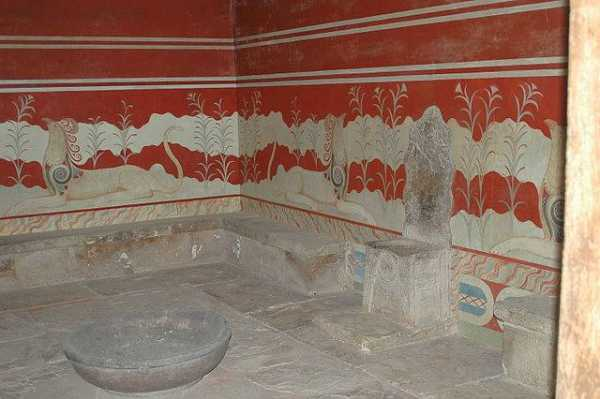 Sacred Guardians: A Minoan-Themed Protection Spell