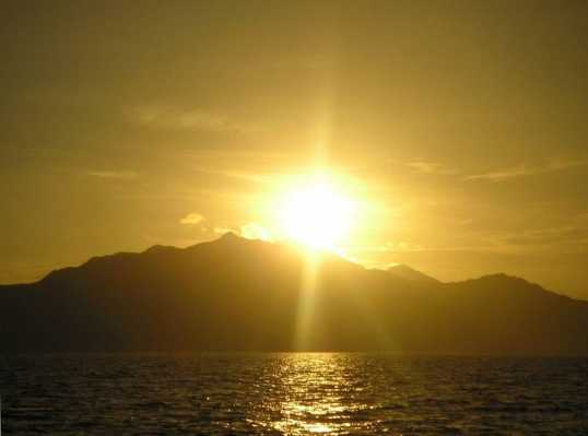 Minoan Winter Solstice: A Gathering of Posts